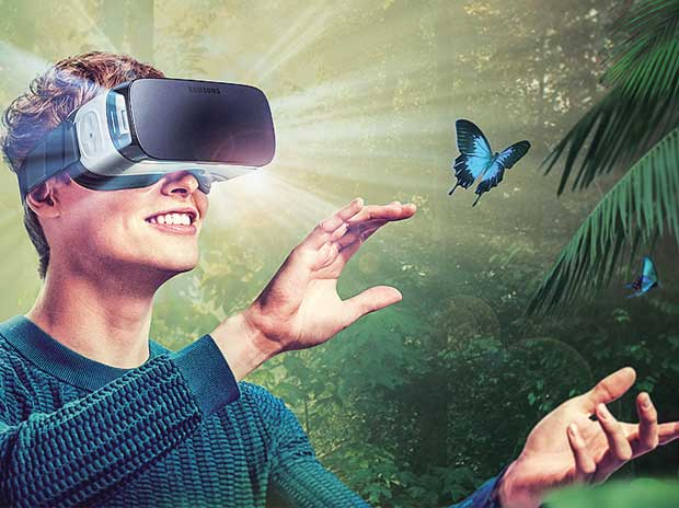 Samsung Gear VR: Reality if you have the right phone