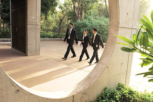 Ex-IIM gurus lend expertise to private B-schools