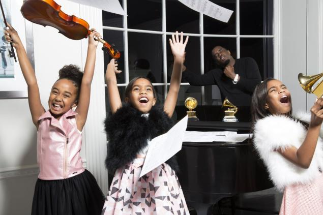 Sean (Diddy) Combs launches new girls clothing collection with daughters for Sean John brand