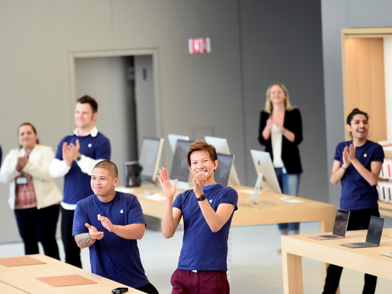 Apple's shops Getting New look as different stores conflict