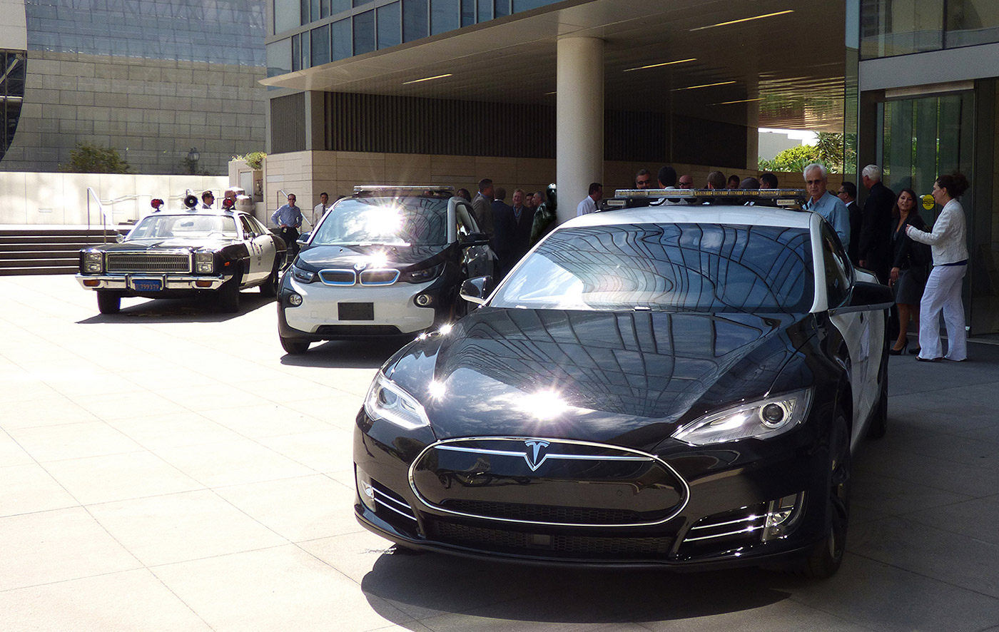 los angeles cops are not prepared to switch to Teslas