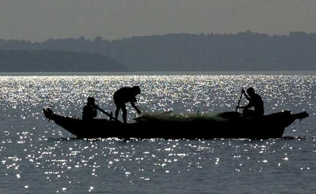Sri Lankan army Damages Tamil Nadu Fishermen' gear