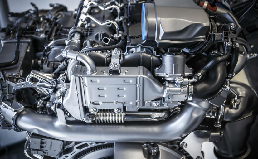 Mercedes-Benz Invests 3 Billion Euros towards New Engine generation