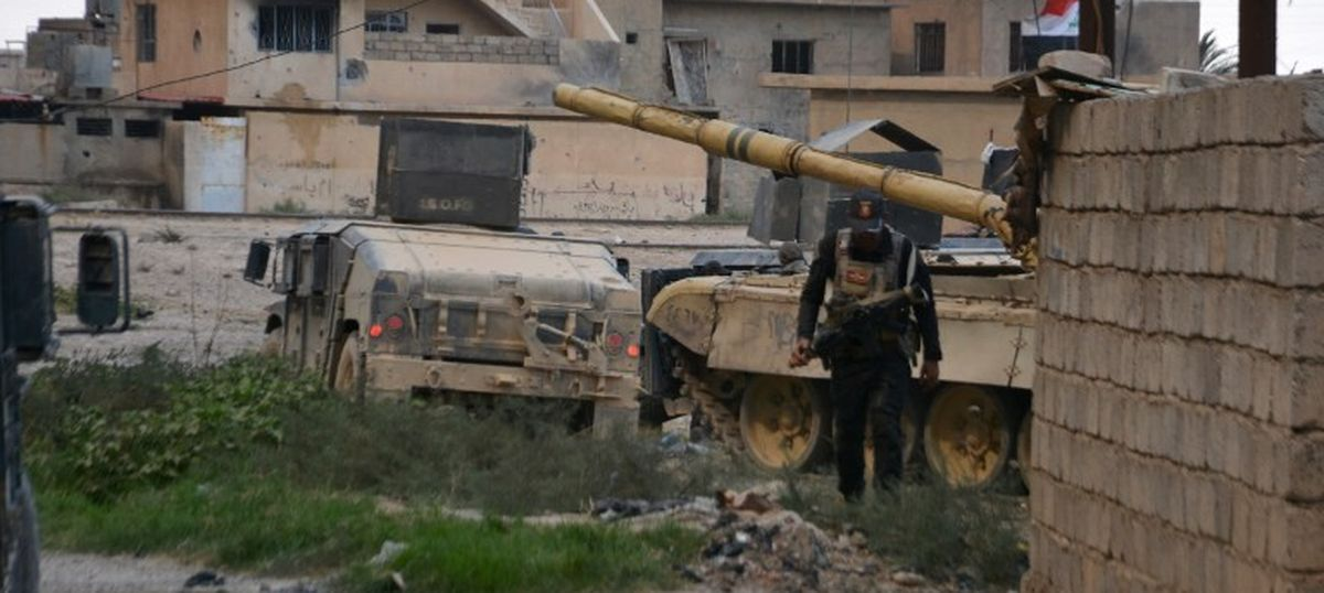 Iraq ousts defence minister as forces retake key town near de facto capital Mosul from Islamic State