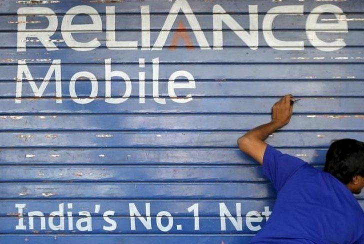 RCom Launches 'Calling Ka Naya Tareeka' App-to-App Calling Plan