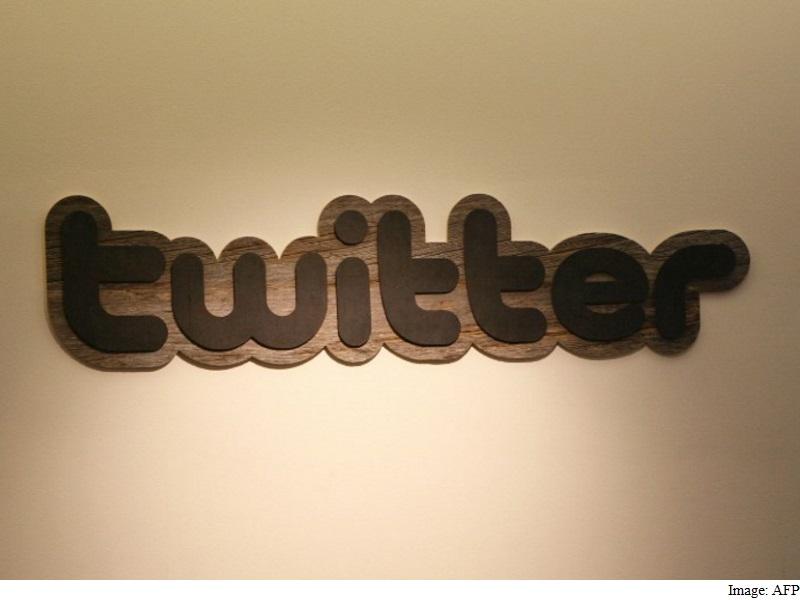 Twitter Denies #SaveTwitter Rumours of Shutting Down in 2017
