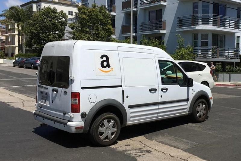 Amazon Triples Profits on Cloud Services, Video