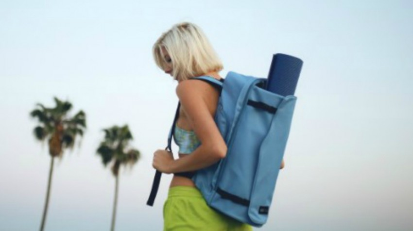 Spotlight: Yoga Sak Provides a Convenient Carrier for Yogis