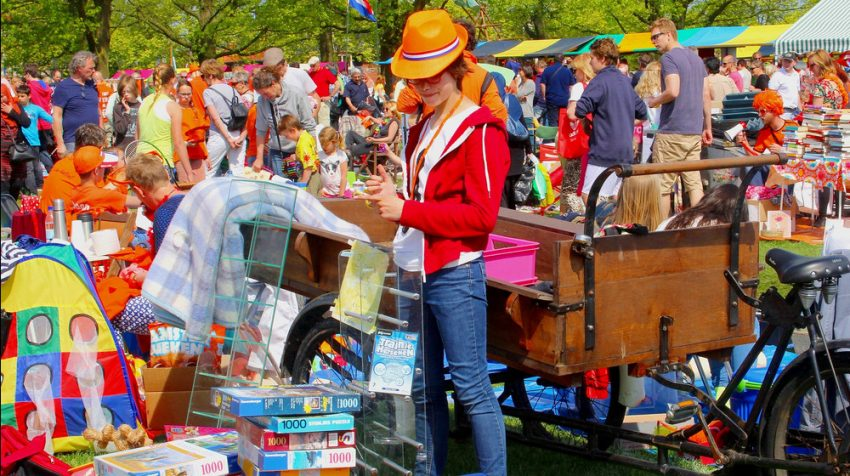 12 Insider Flea Market Selling Tips to Increase Profits