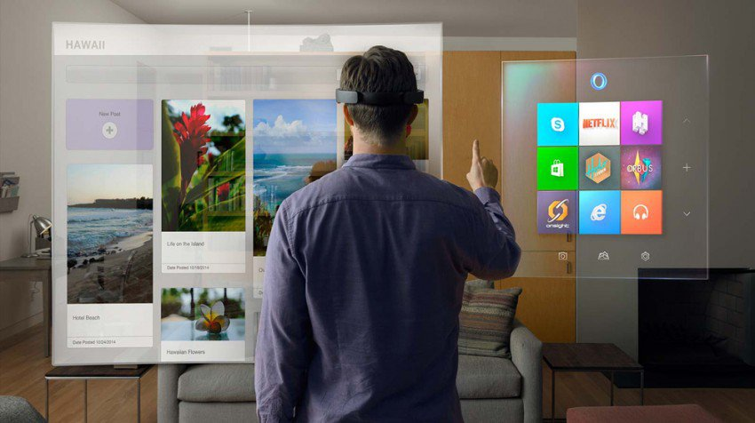 Microsoft HoloLens: A Fully Untethered Holographic Computer