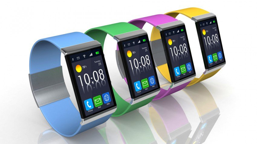 People More Likely To Choose a Smartwatch Over Glasses