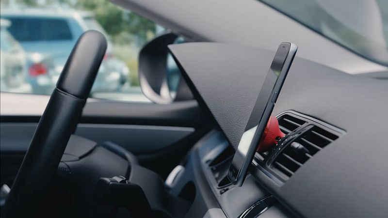 Logitech's ZeroTouch Brings Amazon Alexa to Any Car