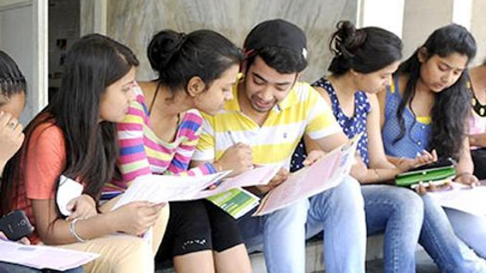 Safety, accommodation top concerns for DU's outstation applicants