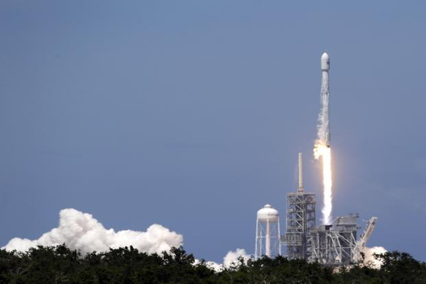 SpaceX's successful Friday launch opens weekend doubleheader