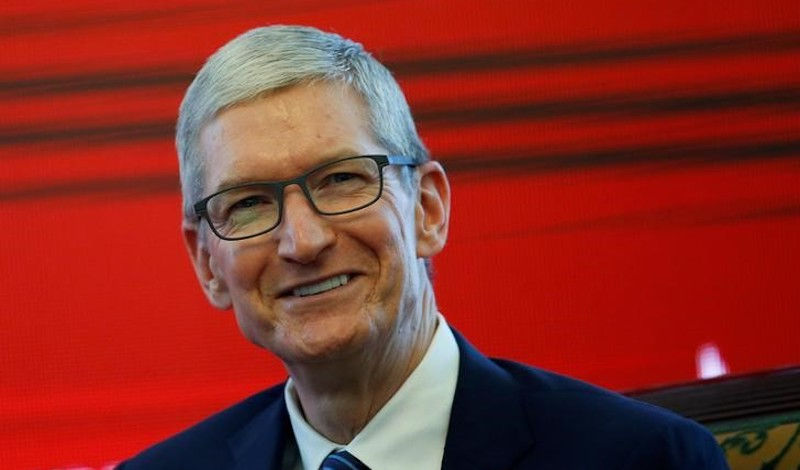 Apple CEO Promised 3 New US Plants, Says President Trump: Report