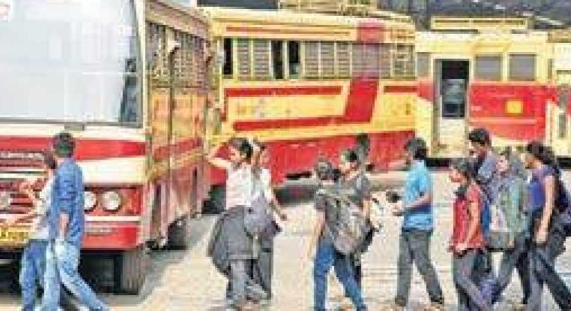 Near-total hartal throws life out of gear